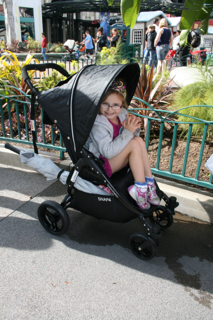 Valco Baby Snap 4 (previous model) with Lucie at Disneyland