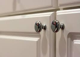 round cabinet knobs
